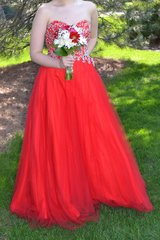 Prom Dress - red ball gown sz 12 in Orland Park, Illinois