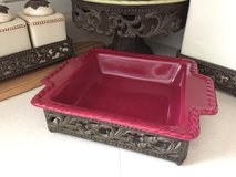 NEW GRACIOUS GOODS GG COLLECTION Tuscan cranberry red rust bake ware baker serving tray in Bolingbrook, Illinois
