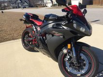 2006 Yamaha R1 in Fort Bragg, North Carolina