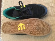 Etnies mens size 10 in Naperville, Illinois
