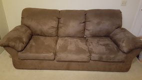 Couch & love seat set in Camp Pendleton, California