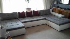 Huge Modern Couch in Baumholder, GE