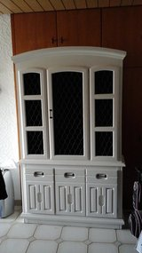 White China Hutch in Baumholder, GE
