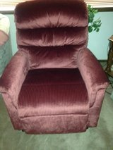 Lift recliner chair in Yucca Valley, California