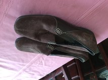 Size 9 Shoes 4 pair available in Aurora, Illinois