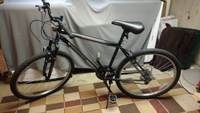"Like new Mens BIKE  26"" Granite Peak Roadmaster . Bicycle in Chicago, Illinois"