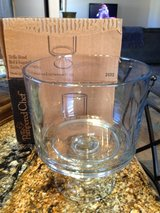 NEW in the Box**Pampered Chef Trifle Bowl**2 piece glass w/lid in Alamogordo, New Mexico