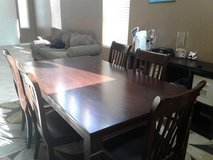 Dining Room Table in Lake Elsinore, California
