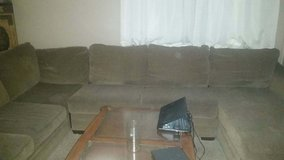 Curb Alert. Large Ashley Furniture 3 piece sectional. in Yucca Valley, California