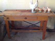 Garden Potting Table/bench in Bartlett, Illinois