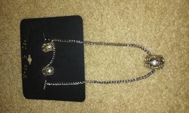 bn necklace and earring set in Camp Lejeune, North Carolina