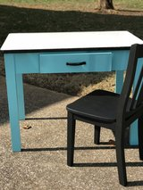Enamel top desk in Pleasant View, Tennessee