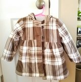 LIKE NEW! Old Navy Coat, Girls 2T in Clarksville, Tennessee
