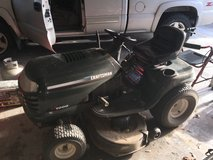 Craftsmen LT1000 Riding Mower in bookoo, US