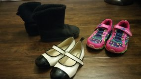Girls Shoes in Fort Lewis, Washington
