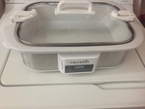 Casserole Crock Pot in Fort Campbell, Kentucky