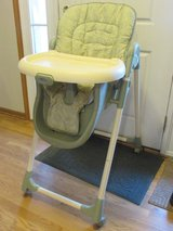 High Chair in Lockport, Illinois