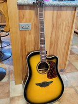 BEAUTIFUL GUITAR!! in Fort Campbell, Kentucky