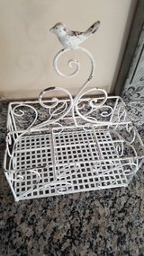 NEW Shabby chic distressed bird utensil organizer decor in Chicago, Illinois