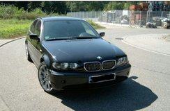 BMW 318i/ 2005 Sport package in Ramstein, Germany