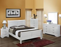 Queen White Sleigh Bed set in Camp Lejeune, North Carolina