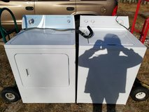 WHIRLPOOL Extra Large Capacity WASHER washing machine in Fort Bragg, North Carolina