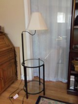 new lamp / endtable in one in Fort Knox, Kentucky