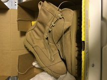 Brand new boots 6 regular winter and summer in Fort Irwin, California