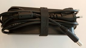 dell power supply  model da90ps1-00 19 volt 100 till 240 volt in Ramstein, Germany