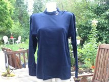 New Turtleneck sweater size L in Ramstein, Germany