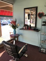 SALON BOOTHS FOR RENT- NAIL TECH, HAIR SPECIALIST, ESTHETICIAN in Glendale Heights, Illinois