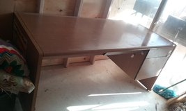 wood desk in Alamogordo, New Mexico