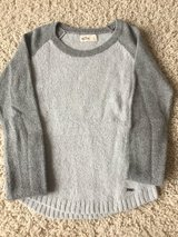 Hollister Sweater-Adult Small in Chicago, Illinois
