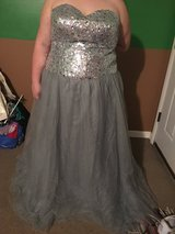 Prom/ball gown in Fort Campbell, Kentucky