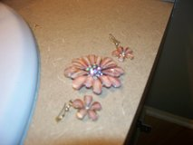 antique pink rhinestone/glass brooch/ earrings in Morris, Illinois