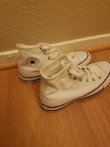 White high top converses almost brand new in Vacaville, California