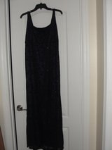 """PROM MILITARY BALL """"BLACK ROSE GLITTER SHEER WITH PURPLE UNDERNEATH"""" STRETCHY DRESS SIZE 14 in Camp Lejeune, North Carolina"""