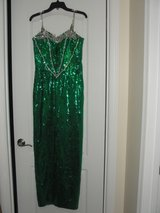 """PROM MILITARY BALL """"GREEN SEQUIN BEADED """"DRESS SIZE 10 (FITS LIKE A 8) in Camp Lejeune, North Carolina"""