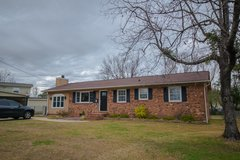 Beautiful Brick Ranch in the City!  Close to everything. in Camp Lejeune, North Carolina