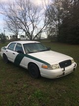 2003 FORD CROWN VIC WITH 163000 MILES in Fort Rucker, Alabama