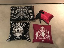 4 Black/Pink Pillows in Pearland, Texas