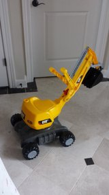 GREAT TOY! BRAND NEW RIDE ON CAT EXCAVATOR WITH WORKING CRANE in Chicago, Illinois