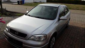 Opel Astra Auto low mileage 57,500 in Ramstein, Germany