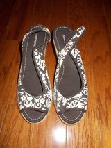 ***REDUCED***Ladies Montego Bay Club Sandals***SZ 8.5 in Kingwood, Texas