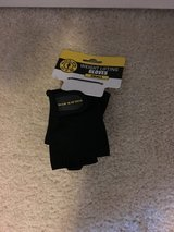 NWT Gold's Gym Weight Lifting Gloves in Camp Lejeune, North Carolina