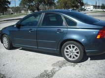 2008 volvo s-40 in Lackland AFB, Texas