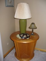 End Tables/Nightstands in Schaumburg, Illinois