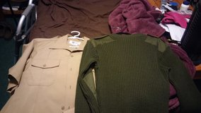 usmc short sleeve shirts and a wooly pully size 42 in Camp Lejeune, North Carolina