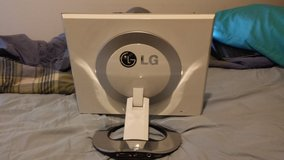 "19"" lg moniter in Camp Lejeune, North Carolina"