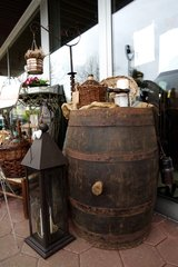 rustic antique 225 l wine barrel in Stuttgart, GE
